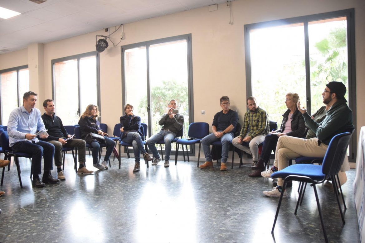Sitges GI collects the main concerns of the inhabitants of Sitges at the round table 'Sitges now and the Sitges we want'